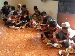 givelight dian alyan cambodia eid feast children orphans