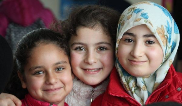 givelight-children-orphans-turkey-syria-syrian-refugees-intro-600x350